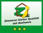 Holzbau Hagenmaier ist ausgezeichnet als drei Sterne Hozbaubetrieb von der Zimmerei-Innung Ulm
