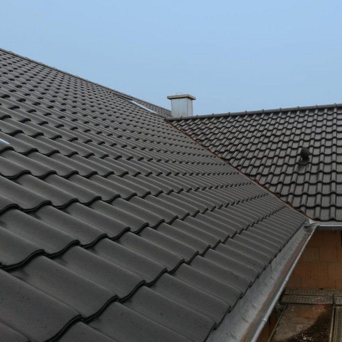 Holzbau Hagenmaier Langenau Ulm Zimmerei | Dachdeckung | Energetische Sanierung | Innenausbau Viele Bereiche ein Ansprechpartner! Dachdeckung, Dachziegel